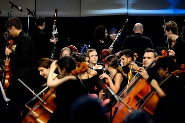 Popis: ONO - Ostrava New Orchestra.