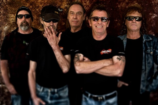 Popis: Phil Rudd Band.