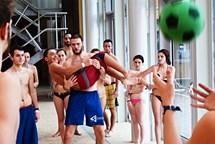 Děti z dětských domovů a známí sportovci opět ovládnou Aqualand Moravia