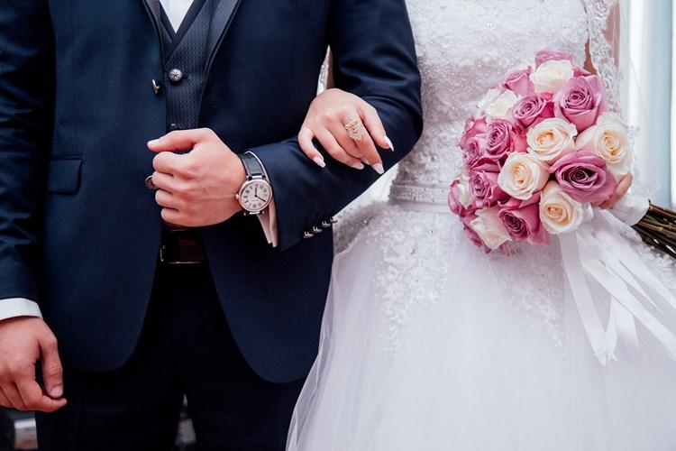 Počet nahlášených svateb nepřibývá. Ale také se obřady neruší
