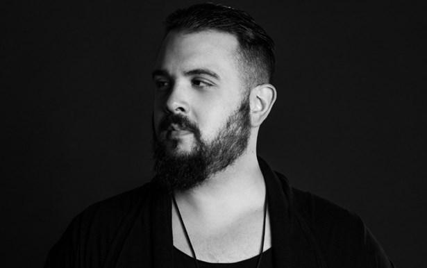 Popis: Brazilský techno producent a dj Victor Ruiz.