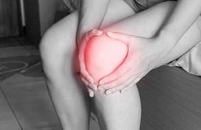 Plynové injekce pomáhají od bolesti zad a kloubů