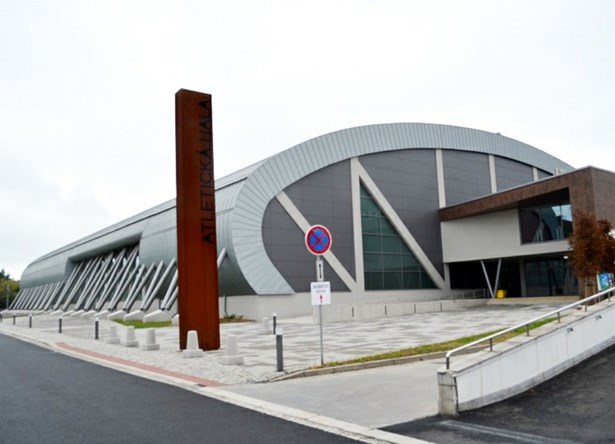 Popis: Vítězem za rok 2016 se stala Atletická hala Vítkovice v Ostravě Zábřehu.