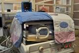 Spolek POMÁHÁME daroval pět monitorů pro Neonatologické oddělení FN Brno