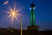 Radniční věž v Ostravě se znovu oblékne do zelené