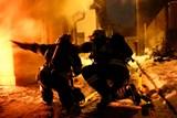 Při požáru rodinného domku se zranily dvě osoby.
