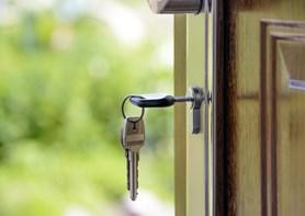 Hypotéky jsou opět velmi levné. Jak se zorientovat v nabídkách bank?