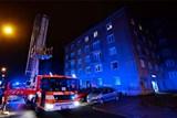 Noční požár půdy a střechy v Ostravě-Porubě