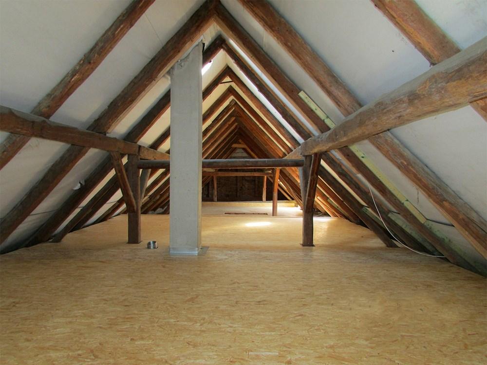 Popis: Nová podlaha - Stopní systém MAGMARELAX.
