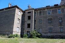 Dům v Kojetínské ulici padne k zemi
