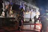 V Karlových Varech vyhořel bazar s nábytkem