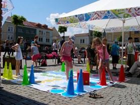 Relaxační zóna letos podruhé oživí letní sezonu na kroměřížském náměstí