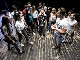 Studio LAIK při Východočeském divadle Pardubice nastudovalo autorskou hru Ještě se potkáme