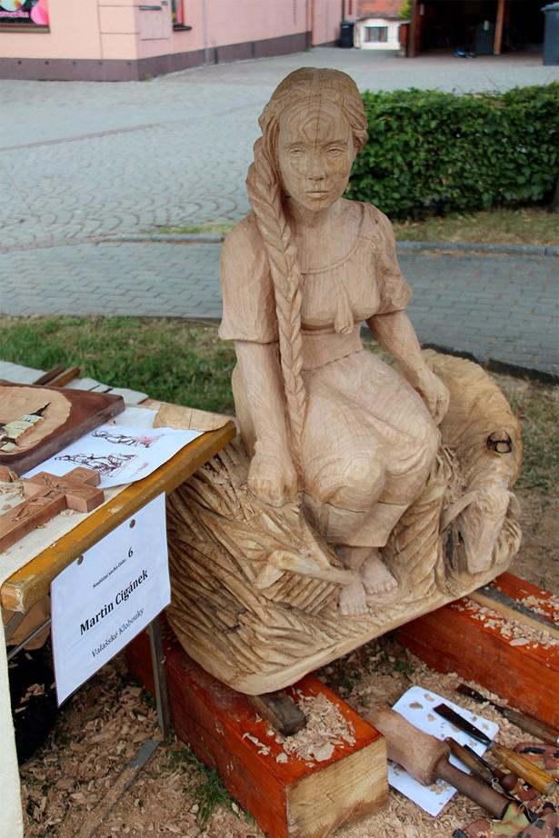 Popis: Vítězná socha Valašského kumštování.
