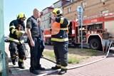 Z hořícího bytu hasiči zachránili dva seniory