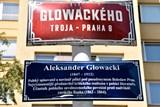 Ulicemi Osmičky - Praha 8 vysvětluje názvy svých ulic