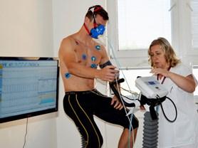 Vsetínští hokejisté testují svou výkonnost ve frýdecké sportovní ambulanci