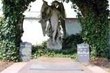 Chystá se oprava Riegrovy hrobky v Krnově
