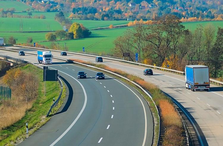 Elektronické dálniční známky vstupují v platnost