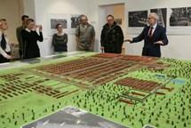 V Terezíně uctili památku obětí v Osvětimi-Březince
