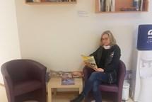 Pacienti Vítkovické nemocnice mají vlastní knihobudku