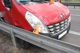 Chtěl pomoct, ale spíš uškodil – odtáhnul auto bez řidiče