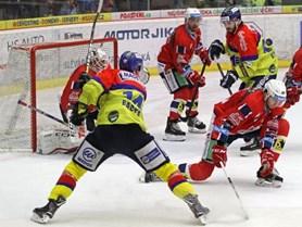 Pardubice porazily České Budějovice i potřetí a mají již osmnáct bodů