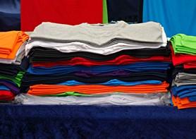 Bude se textil v budoucnosti omezovat stejně jako plasty?