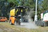 Hradec hledá alternativní možnosti likvidace plevele