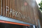 Parkovací dům Jana Gayera je otevřen
