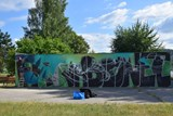 Stěnu u přehrady zdobí nové graffiti