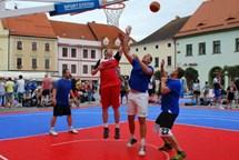 Streetballisté opanovali písecké Velké náměstí, vítězství patří týmu Robilad