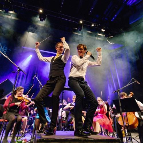 Galakoncert k 10. narozeninám Police Symphony Orchestra už 12. ledna v Lucerně