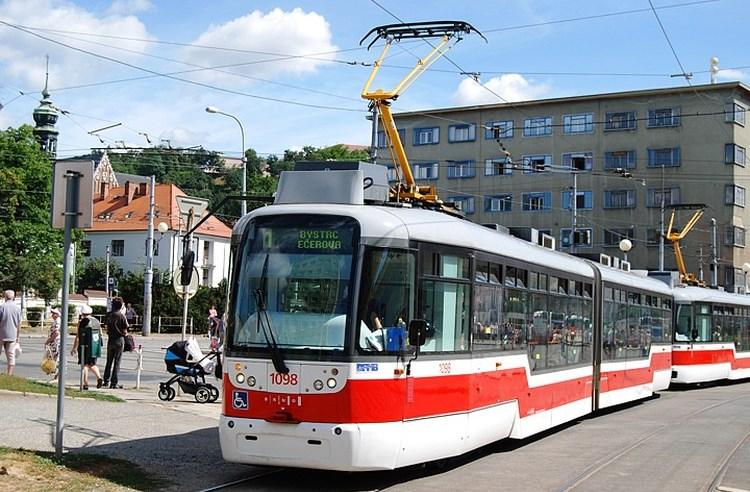 Tramvajová doprava v Brně přechází na prázdninové jízdní řády