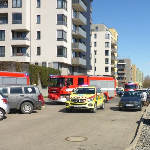 Požár bytu v Sousedíkově ulici skončil bez zranění
