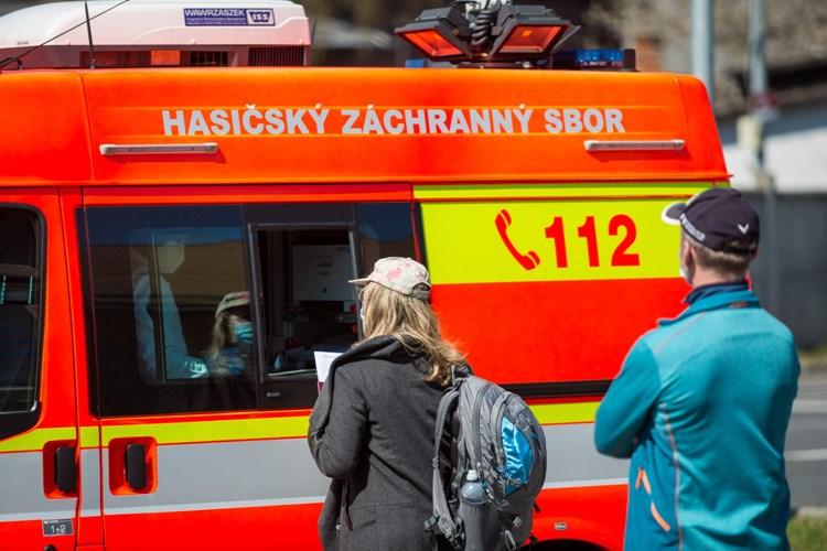 Hasiči i v průběhu Velikonoc pomáhali s repatriací českých občanů, od konce března jich do kraje dorazily už téměř tři stovky