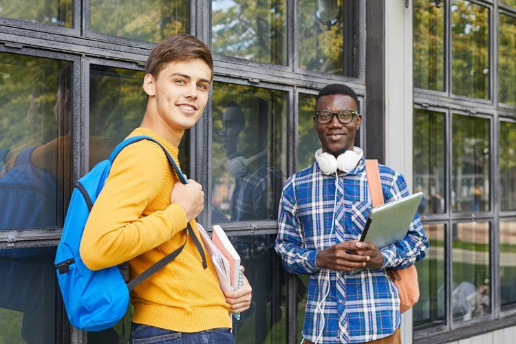 Studenti mohou na zkušenou do zahraničí. Kraj jim přispěje na pobyt