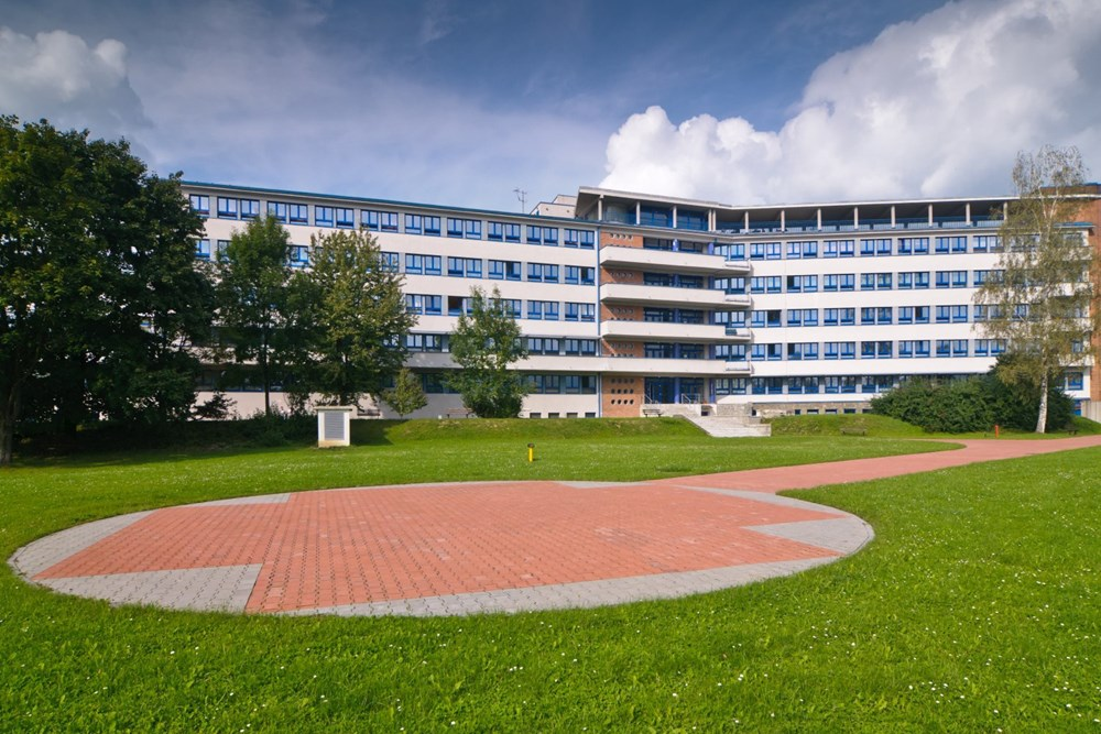 Popis: Nemocnice AGEL Valašské Meziříčí.