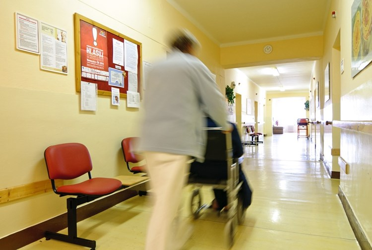 Další sanitáře vychová na podzim AGEL Střední zdravotnická škola a Vyšší odborná škola zdravotnická v Českém Těšíně