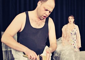 Komedie Natěrač pobaví diváky ve Slané