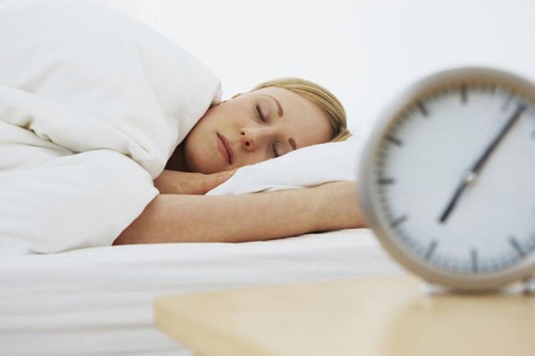 Problémy se spánkem má šest z deseti Čechů. Nejčastěji je trápí nespavost