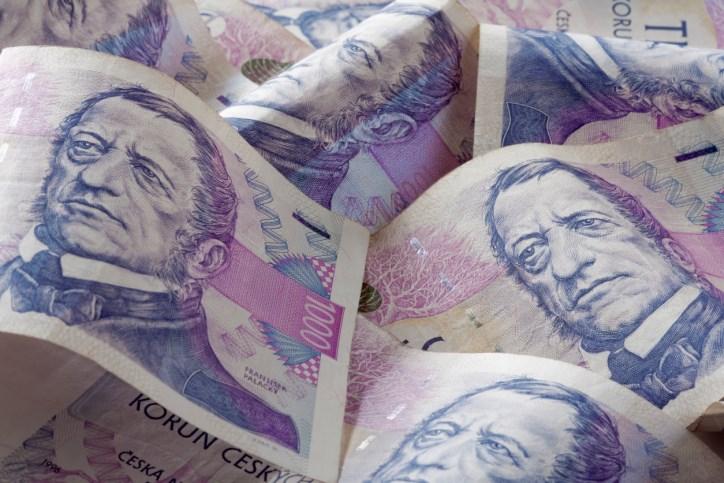 Zlínský kraj rozdělí mimořádné dotace zaměstnancům v sociálních službách