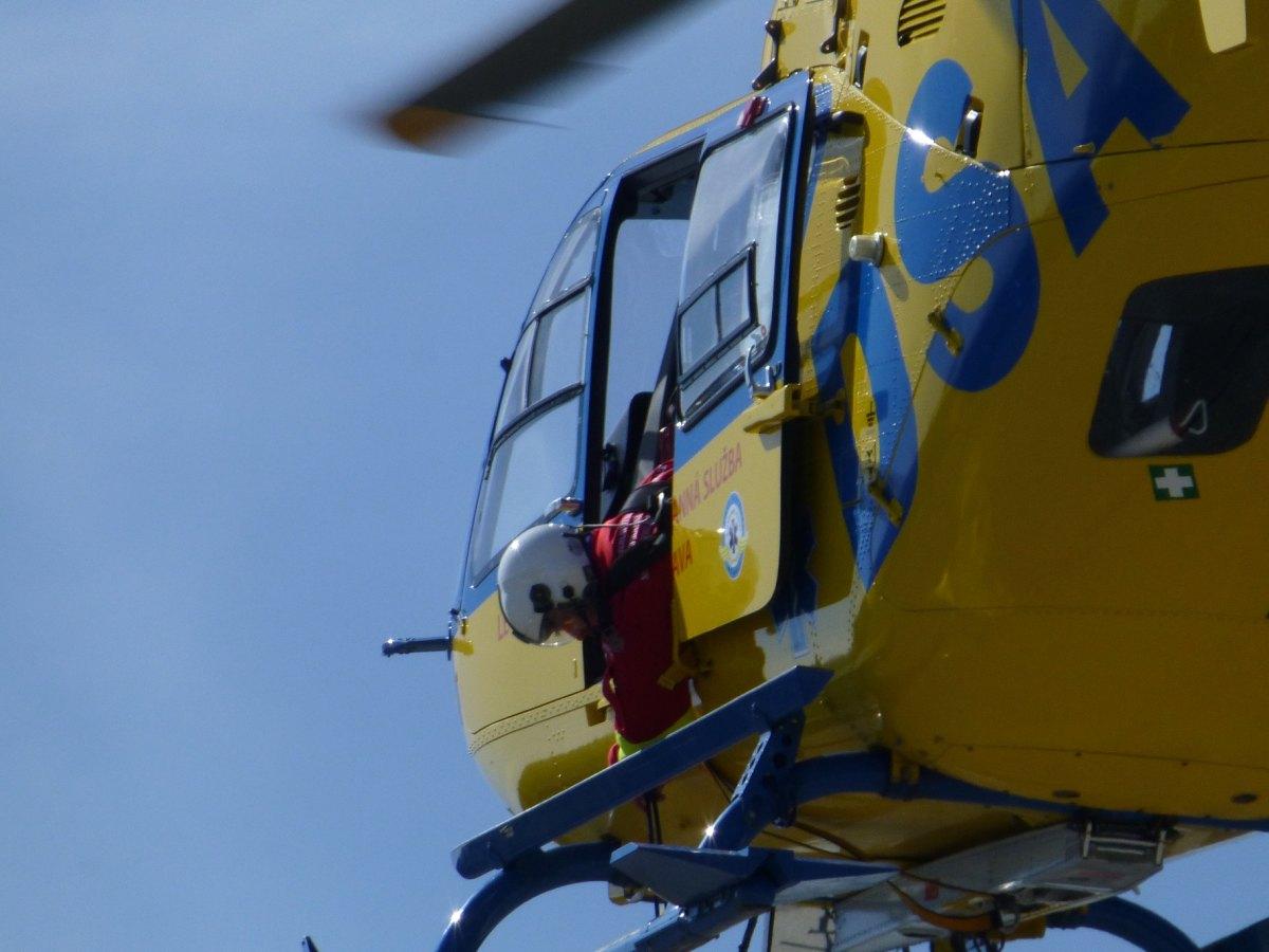 Záchranáři na Frýdecko-Místecku resuscitovali muže po pádu ze srázu