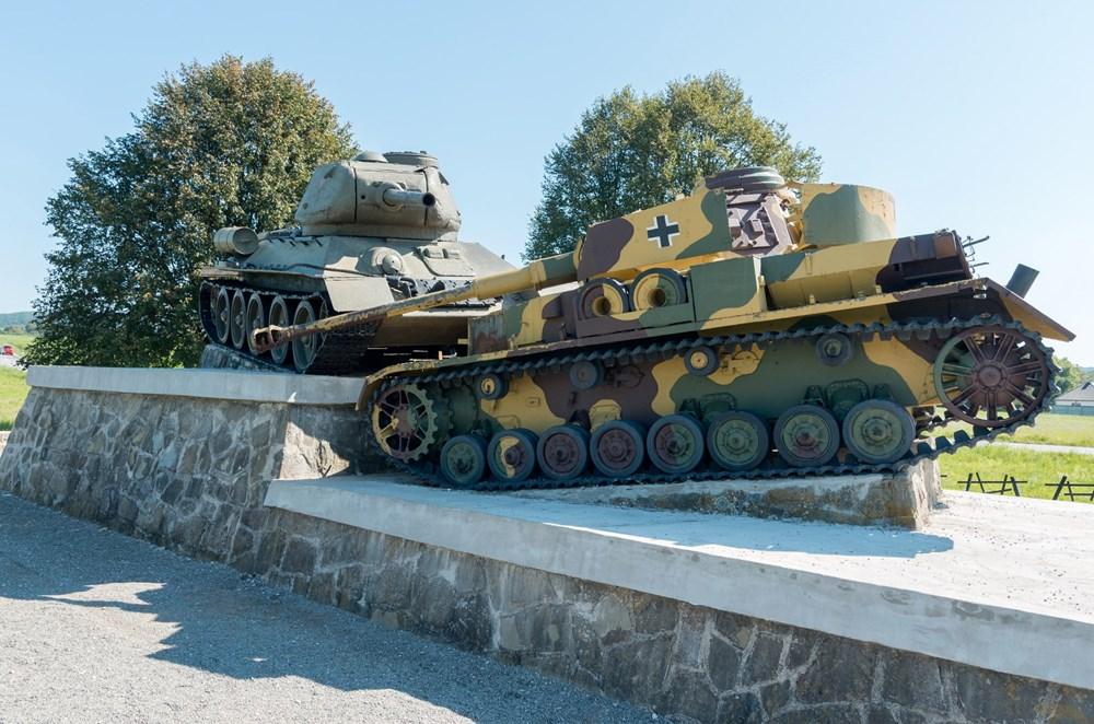 Popis: Symbol tankových bojů.