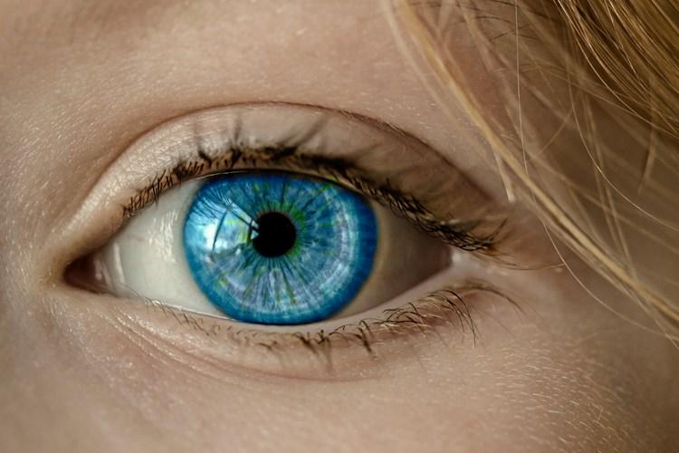 Nejčastější mýty kolem laserových operací očí