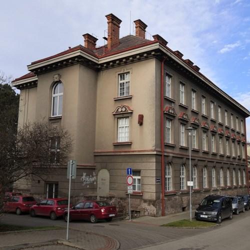 Náchod koupil budovu staré polikliniky